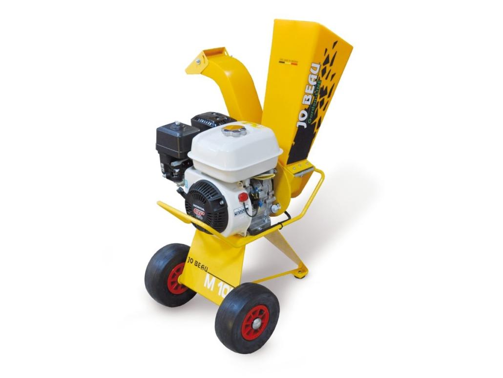 M100 Holzhäcksler