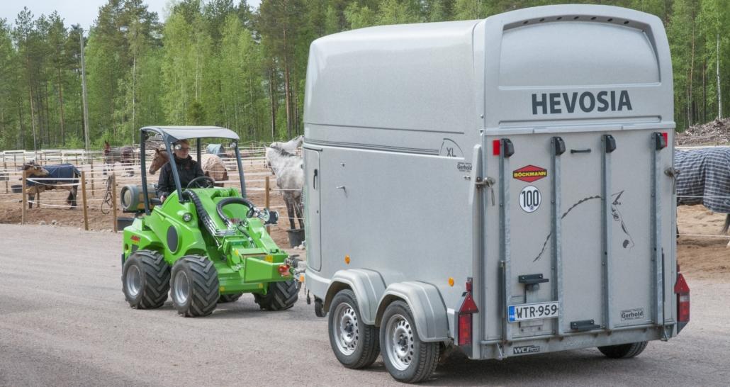 Pferdeanhänger ranchieren
